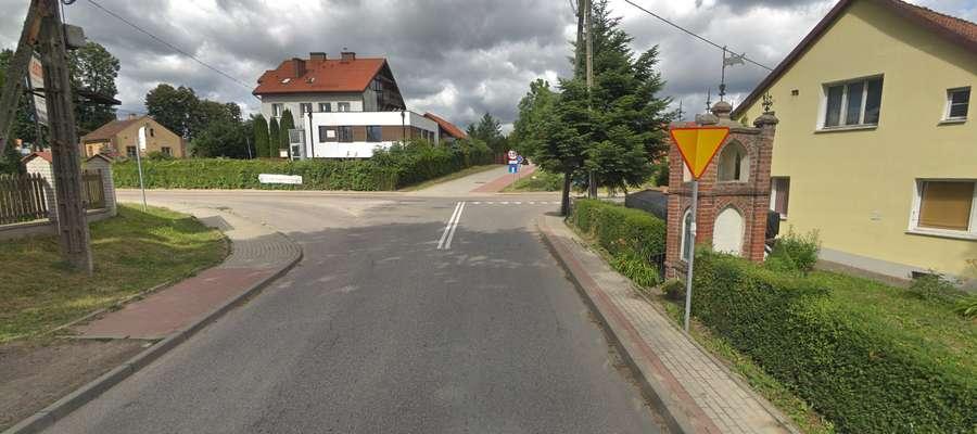 ul. Bartąska — skrzyżowanie z ulicą Nad Łyną