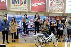 Natalia Bogdanowicz na podium III Grand Prix Polski Kadetek w tenisie stołowym
