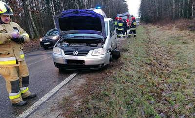 Wypadek pod Olsztynem. Jedna osoba trafiła do szpitala [ZDJĘCIA]
