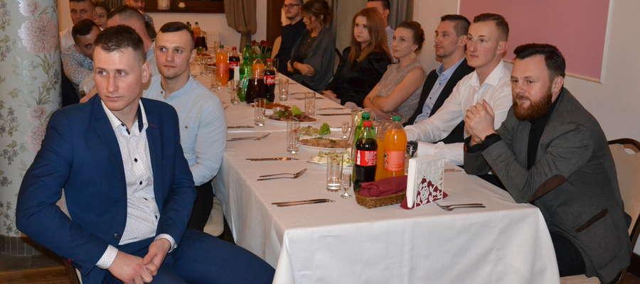 Piłkarze i szkoleniowcy Tęczy Miłomłyn spotkali się na Balu Piłkarza 2020