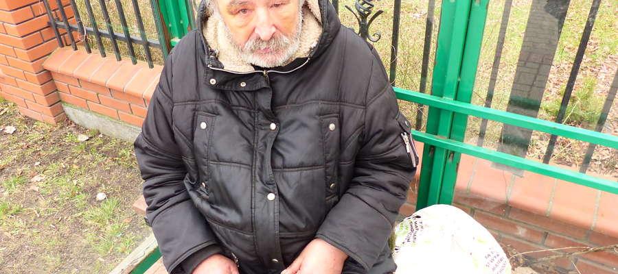 Brutalnie pobili bezdomnych