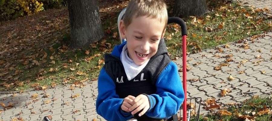 Aleksander wymaga ciągłej rehabilitacji 3 Mimo choroby to bardzo pogodne dziecko