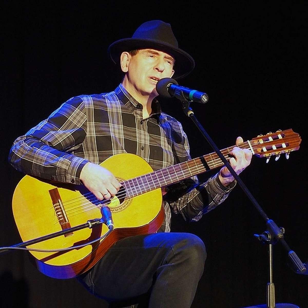 Ballady Leonarda Cohena w interpretacji Kuby Michalskiego - full image