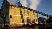 Pożar domu w Słoneczniku, cztery rodziny straciły dach nad głową