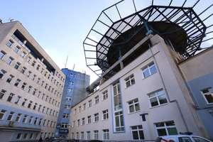 Pracownik olsztyńskiej polikliniki zakażony koronawirusem. Czy wpływa to na pracę szpitala?