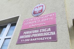 Komunikat bartoszyckiego Sanepidu po śmierci mieszkanki powiatu