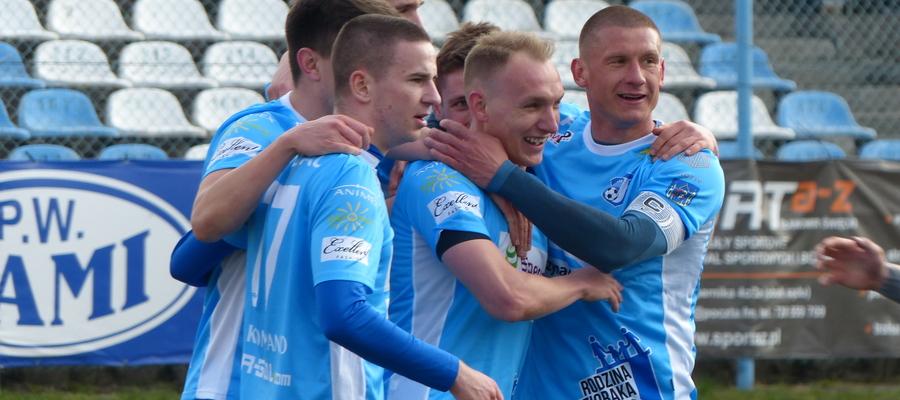 Koledzy z drużyny Jezioraka Iława już mogą gratulować Arkadiuszowi Kucińskiemu zwycięstwa w naszym plebiscycie sportowym