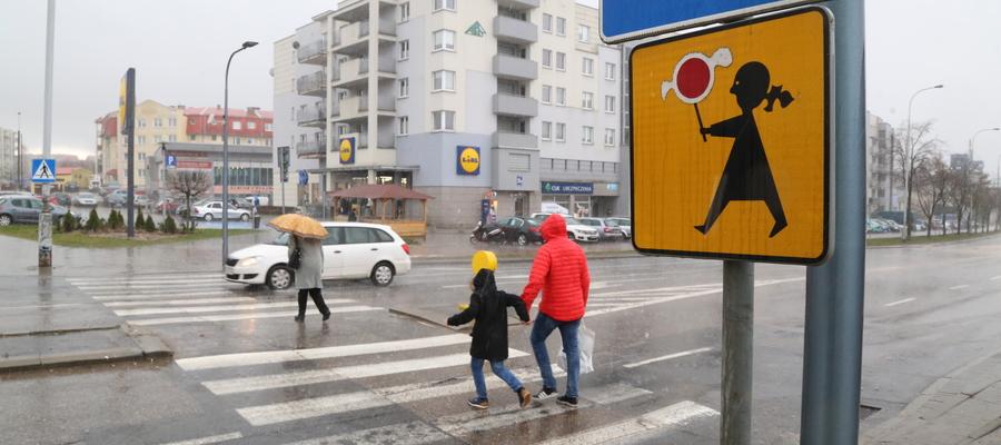 Mieszkańcy apelują o zamontowanie sygnalizacji na tym skrzyżowaniu