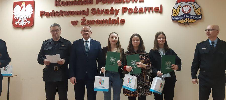 Nagrody w eliminacjach powiatowych wręczał m.in. starosta Jerzy Rzymowski