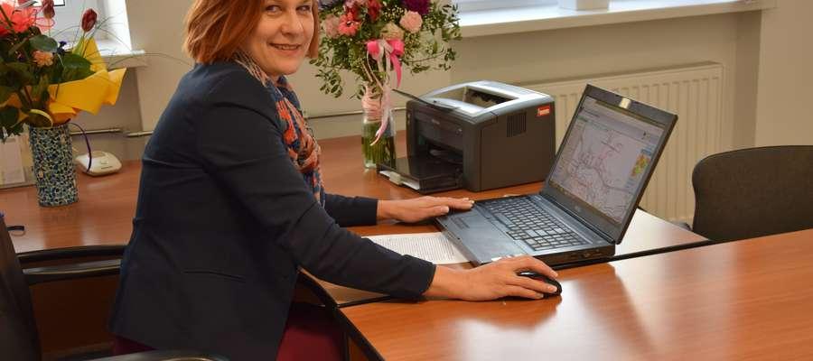 Anna Kowalewska - dyrektor Wydziału Geodezji w Starostwie Powiatowym w Olsztynie