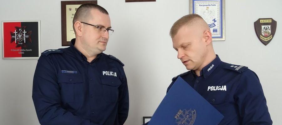 Asp. Łukasz Kawecki (z lewej)