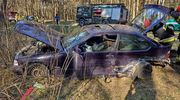 Zderzenie dwóch aut. Jedna osoba trafiła do szpitala
