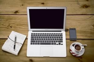 """Z biurem reklamy i ogłoszeń """"Głosu Lubawskiego"""" możesz skontaktować się mailowo lub telefonicznie"""