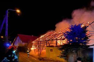 W Runowie spłonęła stodoła