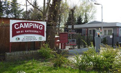 Ciężka sytuacja Campingu nr 61
