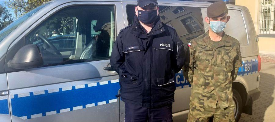 Na wspólnym patrolu w Nowym Mieście  —policjant i żołnierz