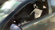 Policyjny pościg za kierowcą opla. Policjantka musiała wybić szybę