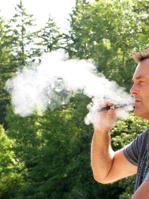 """E-papierosy alternatywą dla wycofywanych """"mentoli"""""""