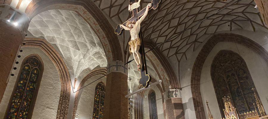 Ważna wiadomość dla wiernych: arcybiskup Górzyński wydał dekret w sprawie uczestnictwa we mszy