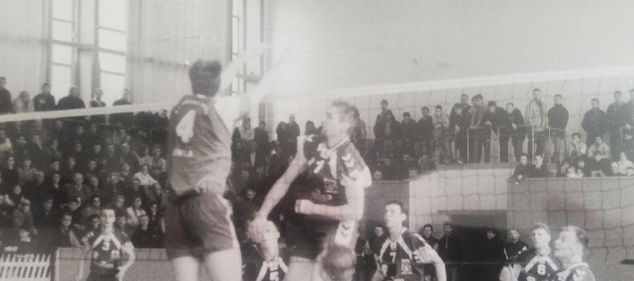 Z pierwszych sześciu meczów sezonu 1994/95 AZS Olsztyn wygrał tylko jeden