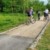 Trwa naprawa ścieżek rowerowych nad Jeziorem Długim