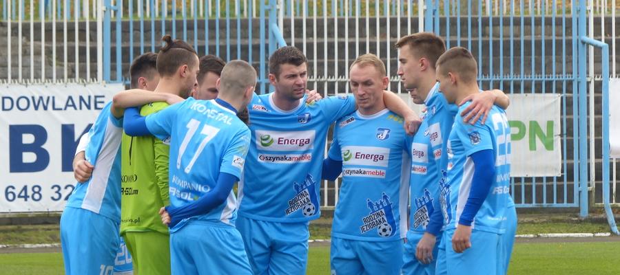 Jeziorak Iława podczas ligowego meczu z Polonią Lidzbark Warmiński (17 listopada 2019)