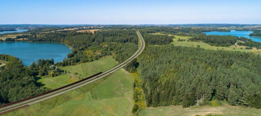Wizualizacja drogi ekspresowej S16 przez Mazury