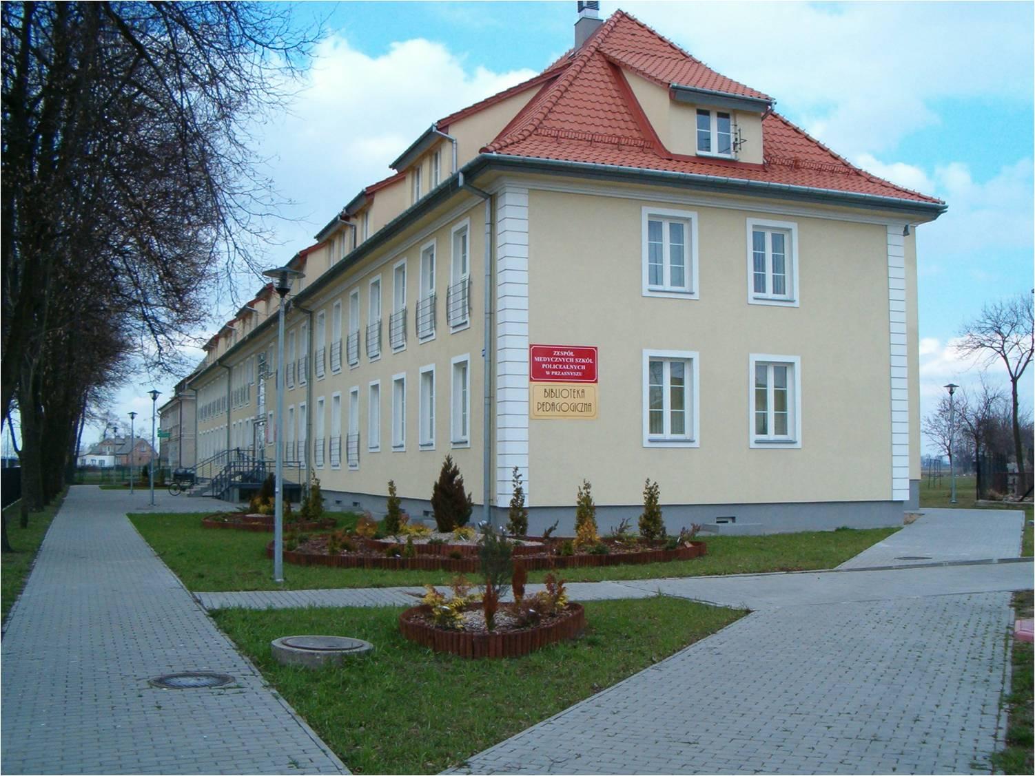 http://m.wm.pl/2020/07/orig/budynek1-639182.jpg
