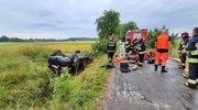 Kierowca zginął pod Bartoszycami po dachowaniu samochodu