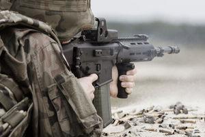 Kolejne karabinki GROT dla żołnierzy