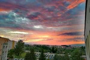Zdjęcie Tygodnia nr 177. Kolorowe niebo nad Bartoszycami