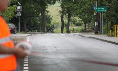 Wyremontowana droga powiatowa w Grzędzie została oficjalnie otwarta [ZDJĘCIA]