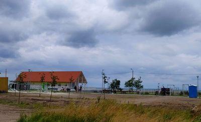 Trwa budowa plaży miejskiej we Fromborku