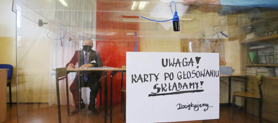 Wybory prezydenckie 2020. 48,65 proc. mieszkańców Warmii i Mazur już zagłosowało, pozostali mają czas do godz. 21 [ZDJĘCIA]