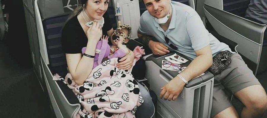 Dnia 11 lipca 2020 roku Julka z rodzicami wróciła samolotem do Polski