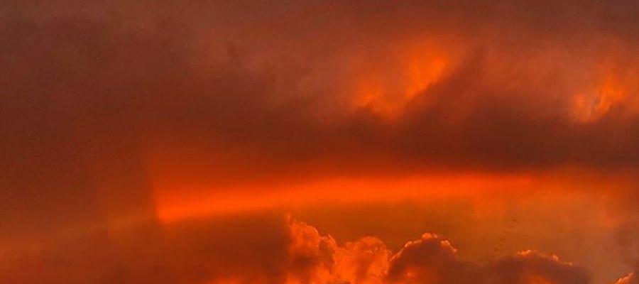 Tęczowy zachód słońca nad Kamińskiem.