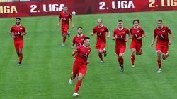Radość piłkarzy Sokoła