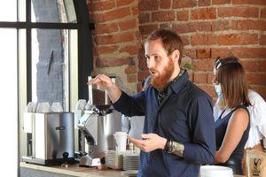 Mieszkańcy Bisztynka zgłębiali tajniki... parzenia kawy [FILM]