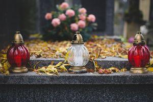 """""""Pamięci Bliskich"""" - integracja poprzez porządkowanie grobów"""