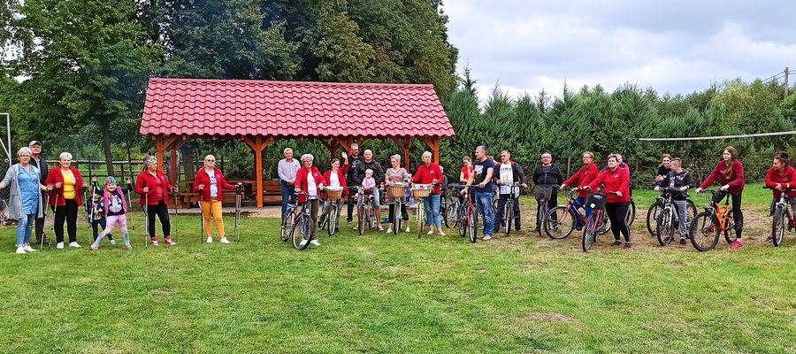 Mieszkańcy sołectwa Naprom zorganizowali sobie rajd rowerowy