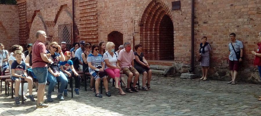 Wszystkie spotkania z przewodnikami będą zaczynały się na zamku w Ostródzie
