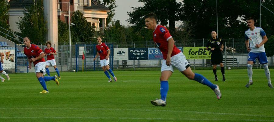 Piłkarze Sokoła Ostróda w sobotę zagrają w Grudziądzu