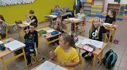 Uczniowie z Nakomiad uczą się migać