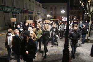 Kolejny protest w Bartoszycach przeciwko orzeczeniu Trybunału Konstytucyjnego [ZDJĘCIA]