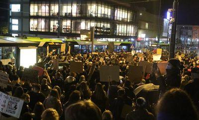 Strajk kobiet. Kolejny dzień protestów w Olsztynie [LIVE VIDEO]