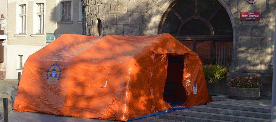 Przy olsztyńskim ratuszu ustawiono specjalny namiot