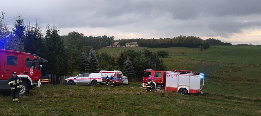Na miejscu pracowały dwa zastępy JRG Giżycko oraz dwa zastępy OSP Miłki,  ZRM oraz policja.