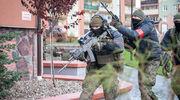 Terroryści w urzędzie, wojsko na ulicach!