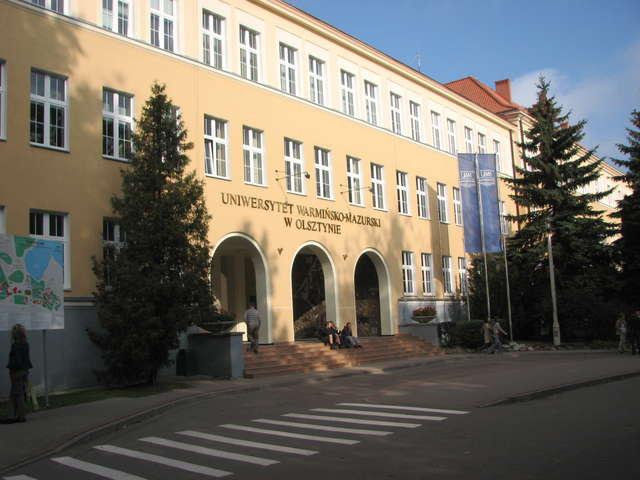 UWM jako pierwsza uczelnia w Polsce chce kształcić głuchych - full image