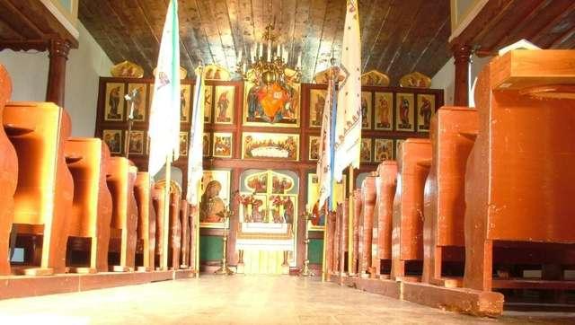 Ostre Bardo: cerkiew greckokatolicka p.w. Narodzenia Najświętszej Marii Panny  - full image